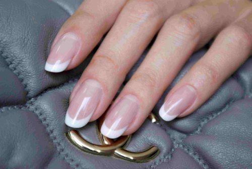 Як наростити нігті: професійні поради