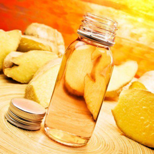 Оливкова олія - цінне джерело корисних речовин не тільки для нігтів, але і для шкіри
