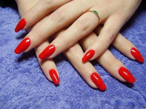 Біогелі представлені в широкій гамі кольорів, тому догляд за нігтями буде не просто ефективним, але і ефектним