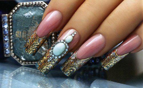 Лиття на нігтях: секрети «ювелірного» манікюру