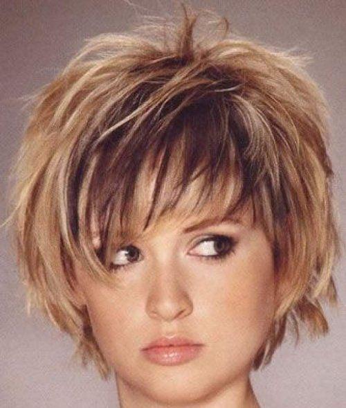 Стильні укладки на коротке волосся для повсякденного носіння