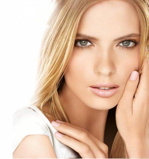 Стильний і елегантний макіяж для блондинок